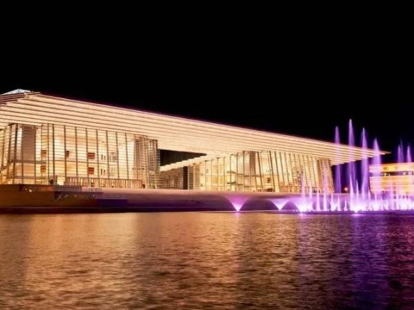 音乐厅大剧院首选东芝中央空调