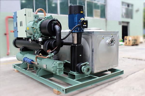 无锡厂房中央空调工业专用螺杆式水冷工业机组2
