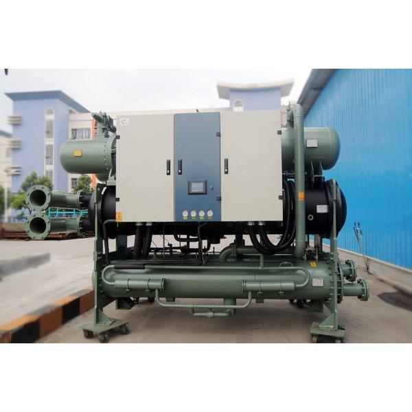 无锡大型工业商用喷淋式螺杆水冷冷水机组